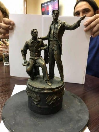 Проект памятника, опубликованный Артуром Парфенчиковым в марте 2017 года. Проект дорабатывался, окончательный вариант увидим 28 сентября