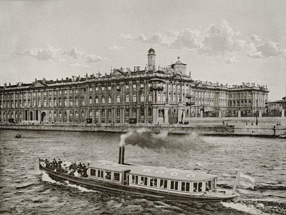 Зимний дворец, где служил столяром заонежанин Петр Лазарев