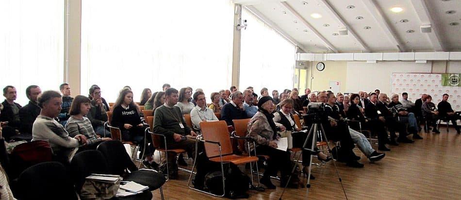 Участники Первой научно-практической конференции «Проекты Петра Великого. Роль «Осударевой дороги» в истории и культуре России», которая прошла в Петрозаводске в Национальной библиотеке
