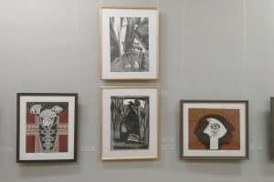 Работы карельских авторов Александры Гордеевой, Никиты Рыбина. Аркадия Морозова на выставке в Мурманске