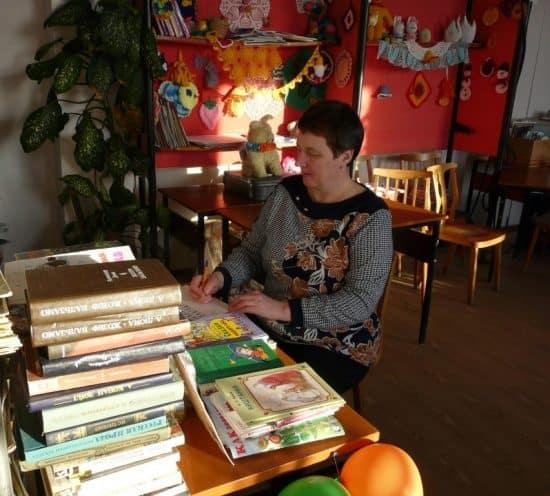Толвуйская библиотека в Международный день дарения книг. Фото: vk.com/onegozaonezhe