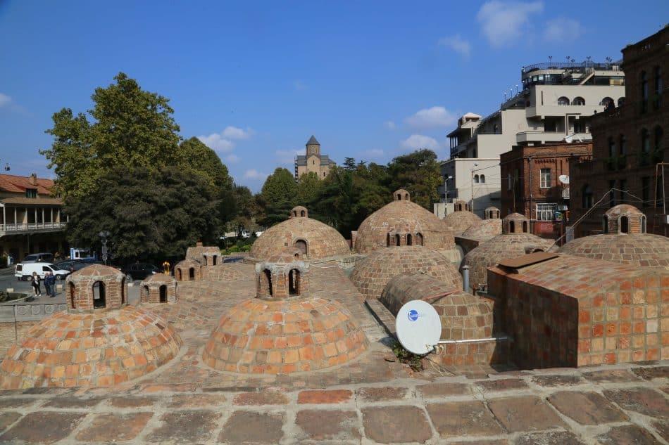 Так выглядят серные бани Тбилиси. Здесь, говорят, любили бывать русские поэты