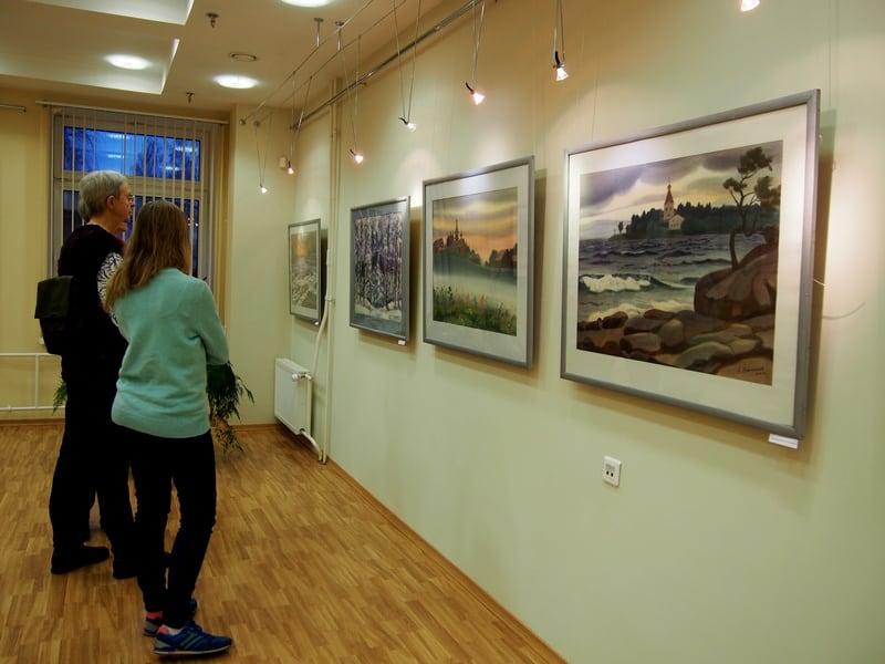 На выставке Александра Каштанова в НБ РК