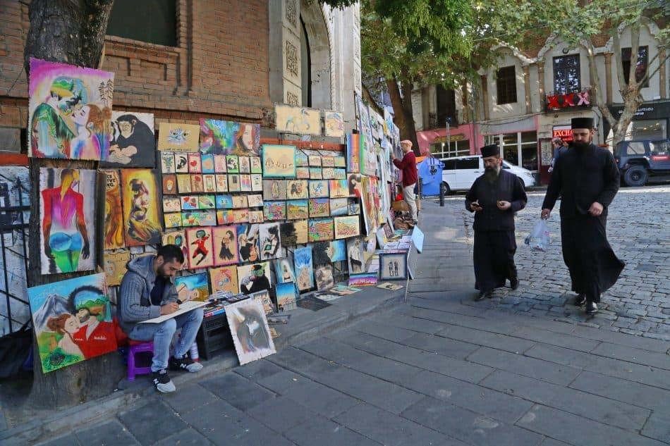 Тбилиси - город художников, они любят изображать городские достопримечательности
