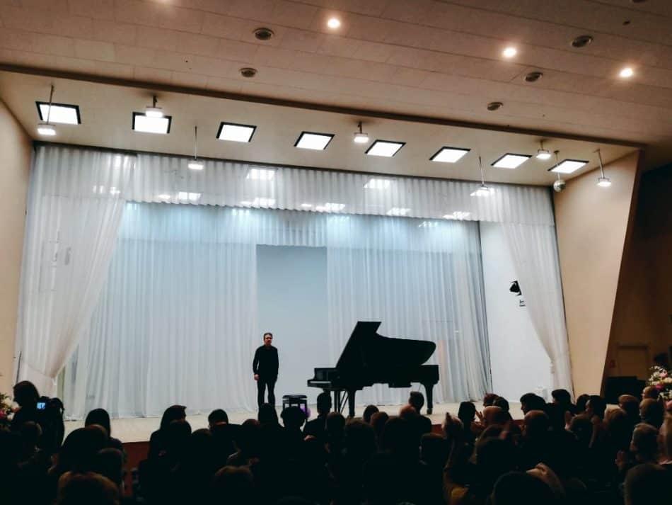 Овации Алексею Володину. Фото: vk.com/kgfptz