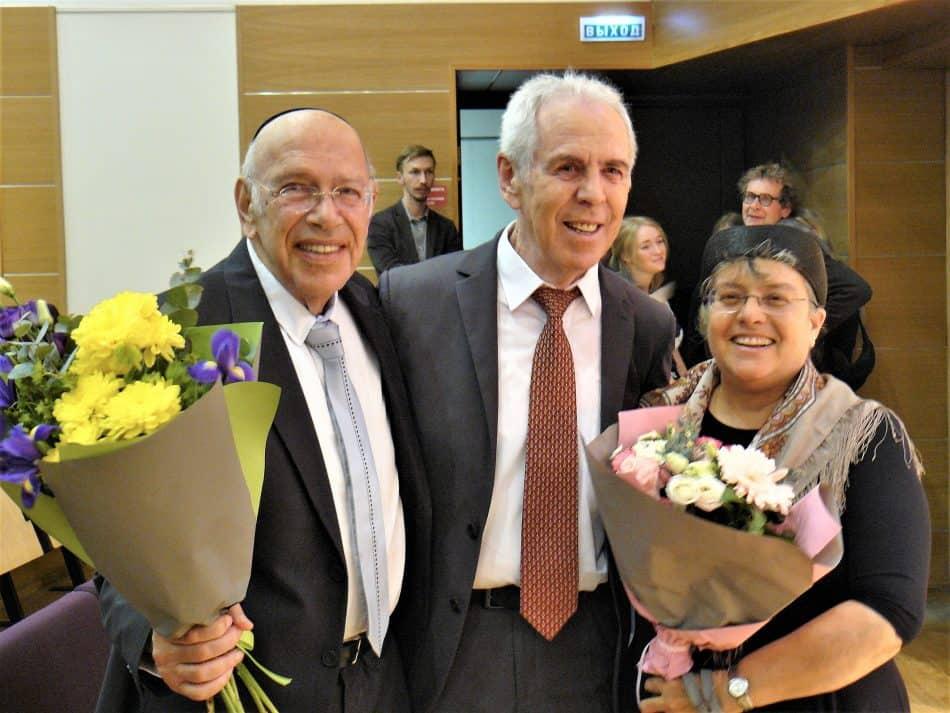 Барух Берлинер с женой и Виктор Горин после концерта. Фото Дмитрия Цвибеля