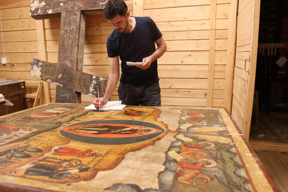 """Реставрация икон в музее """"Кижи"""""""
