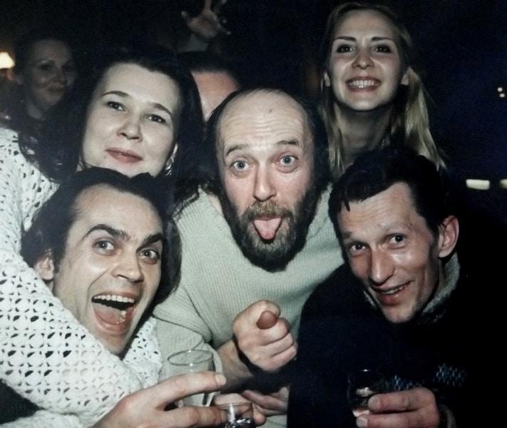 В центре Андрей Тупиков, слева Сергей Кудимов, слева вверху помреж Надежда Кожевникова, справа Дмитрий Максимов, вверху справа Виктория Федорова