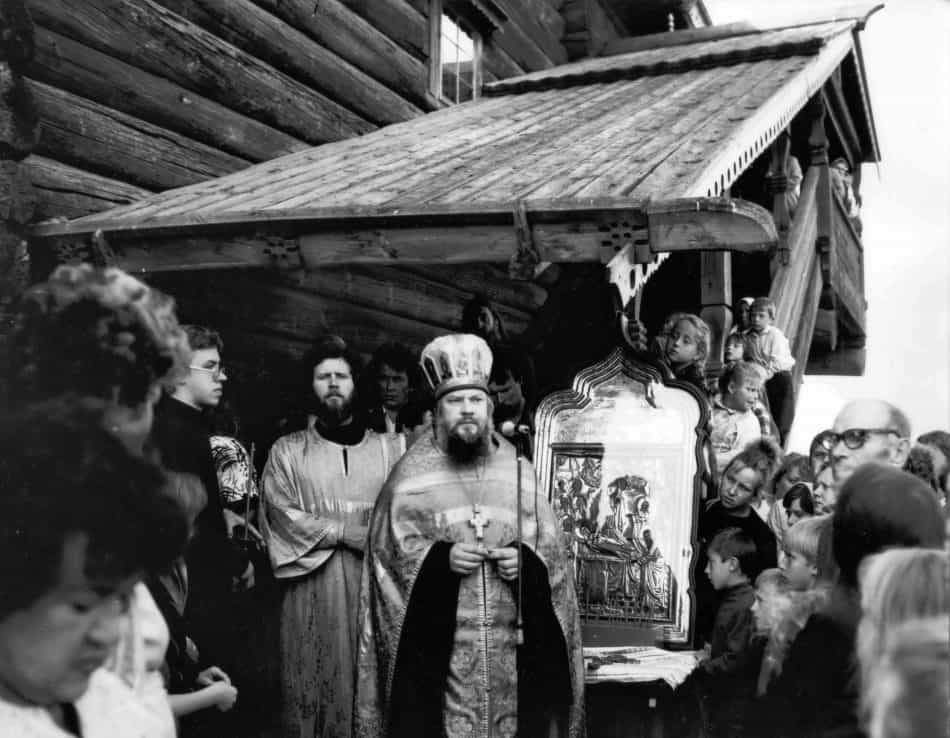 Освящение Успенской церкви в Кондопоге, 27 августа 1989 года. Фото Василия Шевцова