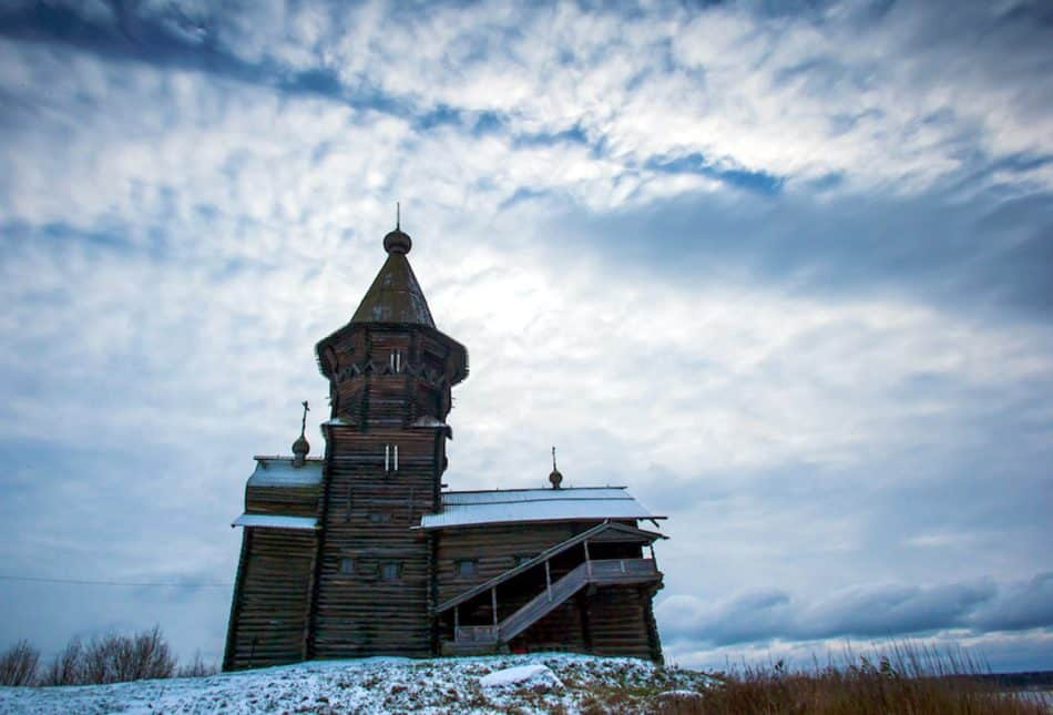 Успенская церковь в Кондопоге до пожара. Фото Игоря Подгорного
