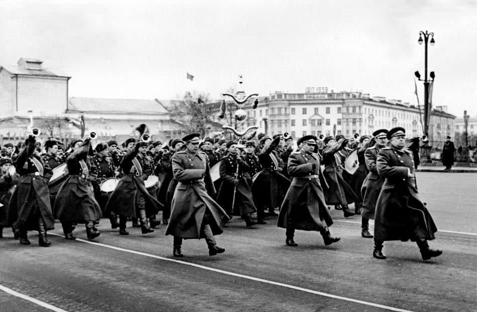 7 ноября 1959 года. Парад на площади Кирова в Петрозаводске