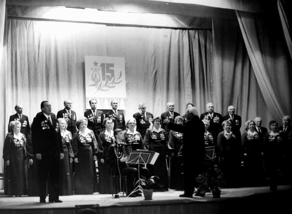 Хор ветеранов петрозаводского Дома офицеров