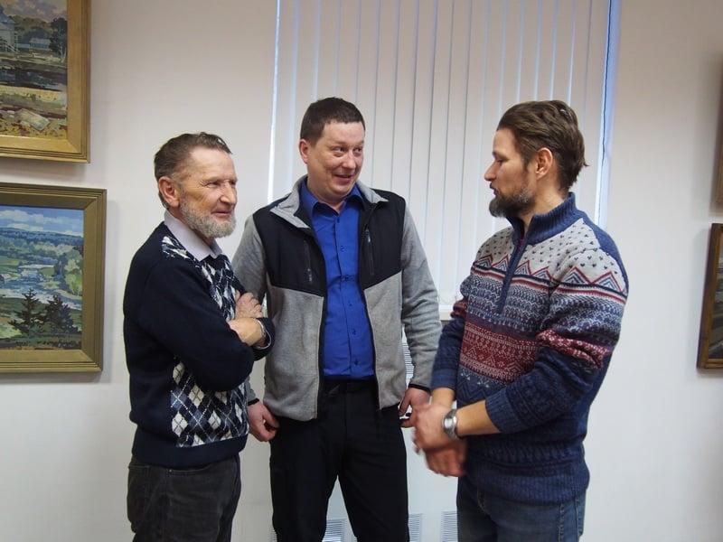 Михаил Бурин с друзьями из Олонца