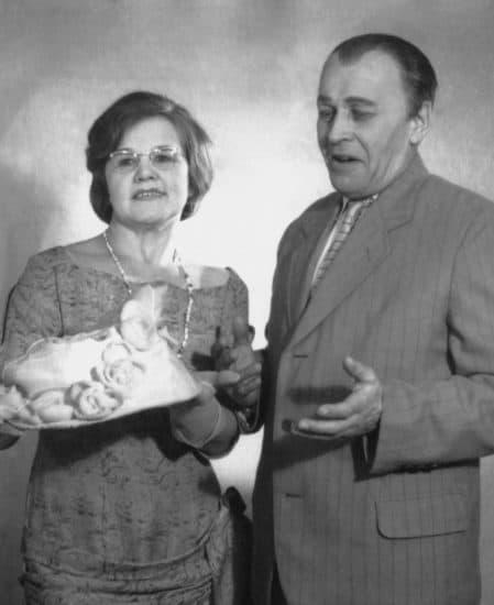 "1963 год. ""Мы господа!"" Господа Лахтинен – Е. Севандер и Г. Роутту"