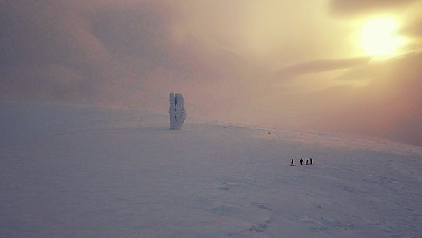 """Кадр из фильма """"Великий Северный путь"""""""