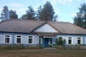 В Муезерском районе школу в поселке Тикша собираются закрыть в разгар учебного года. Фото: 64parallel.ru
