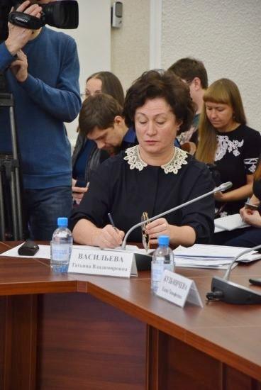 Замминистра образования РК Татьяна Васильева  на заседании Правительства Карелии 18 января 2019 года. Фото Марии Голубевой