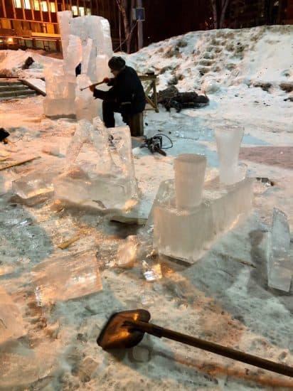 """""""Все разошлись. И только этот скульптор грустно и обреченно работал..."""" Фото Ирины Романовой"""