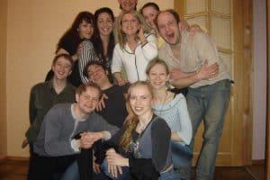 Студенты актерского курса под руководством Арвида Зеланда. Фото Национального театра Карелии