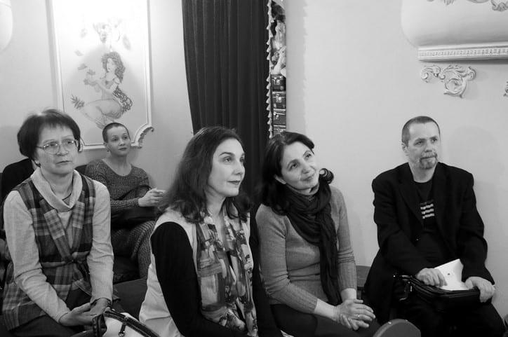 Слева историк Татьяна Мошина, которая помогала Наталье Васильевне с работой в архивах, и актриса Наталья Антипина
