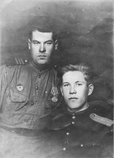 Братья Иван и Алексей Скорняковы