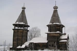Варваринская церковь до начала переноса в Типиницы. Фото из группы vk.com/uoknrk