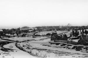 Петрозаводск со стороны ул. Вольной. В центре – четыре городских храма