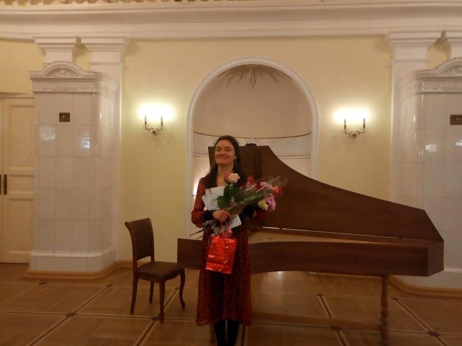 Ольга Желтикова в зале Благородного собрания