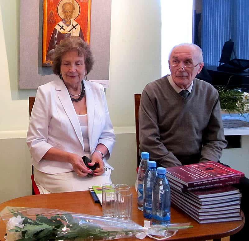 Директор музея Наталья Вавилова и Владимир Платонов
