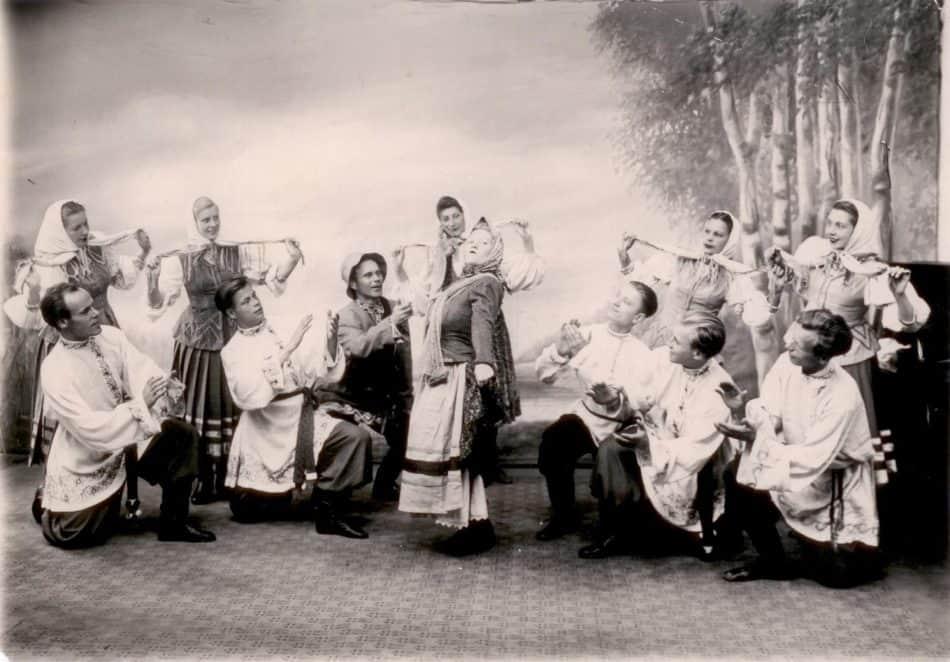 """""""Кантеле"""", 1950-е годы. В центре Эльза Баландис и Максим Гаврилов"""