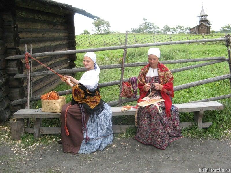"""Фестиваль ткачества на острове Кижи . Фото: музей """"Кижи"""""""