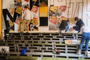 Петрозаводские художники создали уличную фреску с применением дополненной реальности