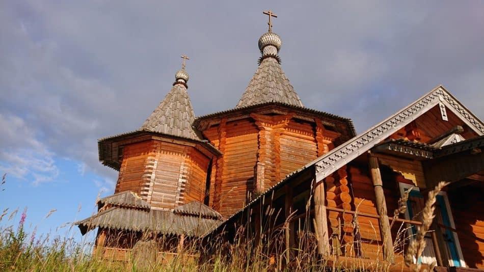 Храм Рождества Пресвятой Богородицы в Колодозере, Пудожский район Карелии. Фото Александра Гезалова