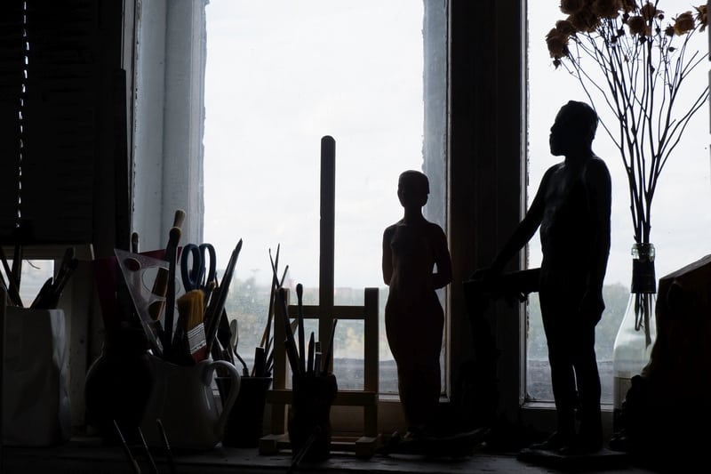 В мастерской Владимира Ваяна. Фото Ирины Ларионовой