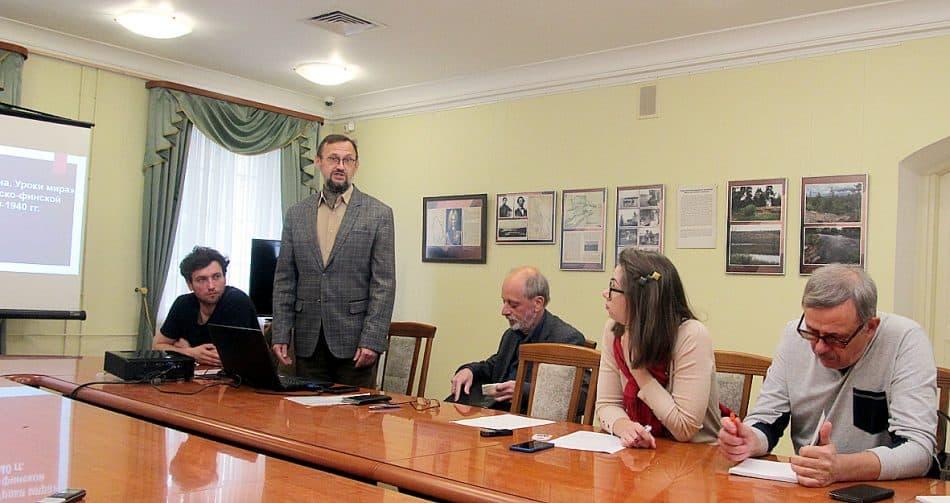 Во время пресс-конференции. Фото Валентины Чаженгиной