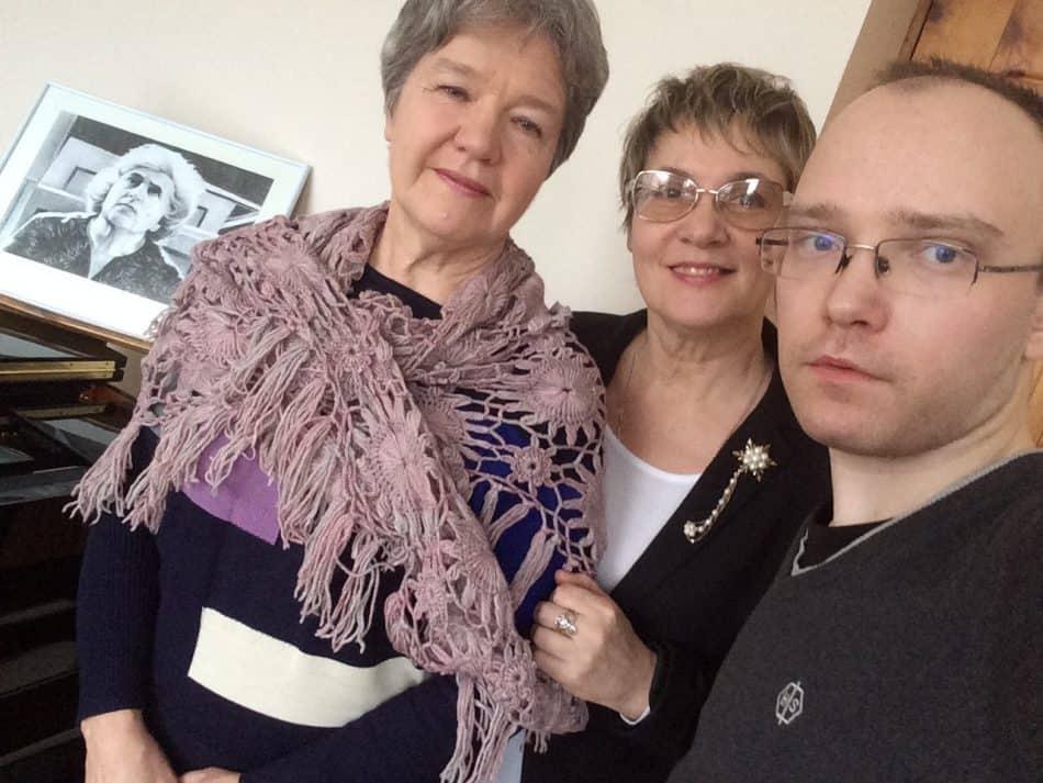 На съемках фильма слева направо: Юлия Тишкина, ушедшая из жизни в 2018 году, Ирина Смирнова и Федор Гаранжа