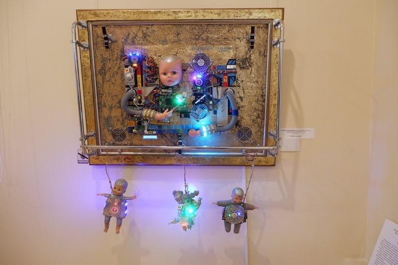 В Музее изобразительных искусств Карелии открыта выставка «Профессии – путь в будущее». Фото Ирины Ларионовой