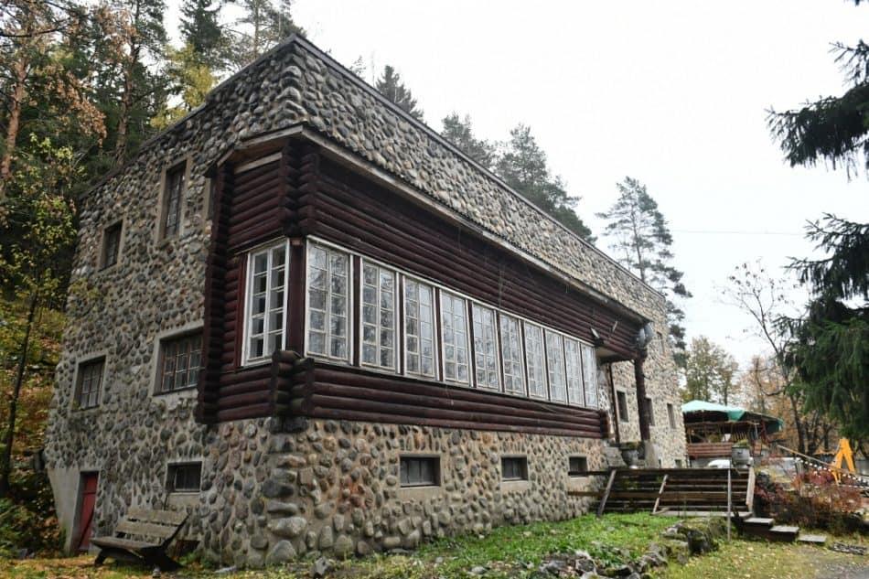 Здесь создавали свои произведения такие знаменитые композиторы как Г. Свиридов, Р. Щедрин, А. Пахмутова