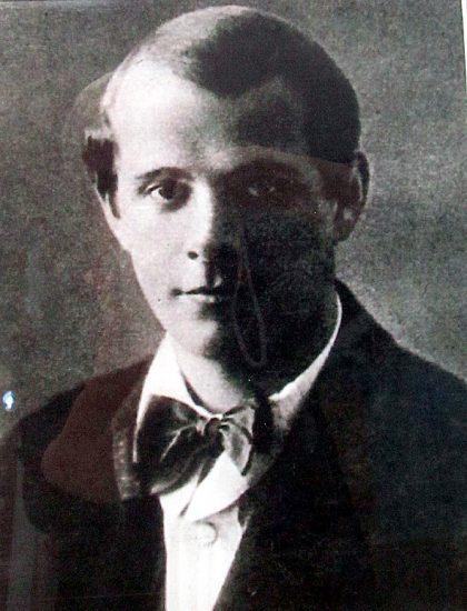 Н.В. Петров, режиссер и основатель Народного театра драмы Петрозаводска, народный артист РСФСР (1945), лауреат Сталинской премии  (1948)