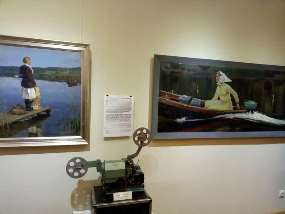 В Музее изобразительных искусств Карелии открыта выставка «Профессии – путь в будущее». Фото Натальи Мешковой