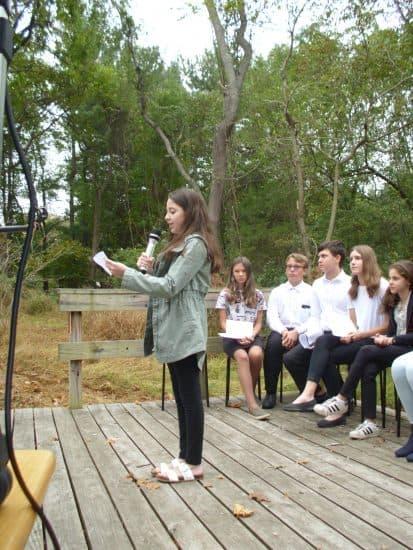Школьники 11-14 лет читали Марину Цветаеву и пели песни на ее стихи