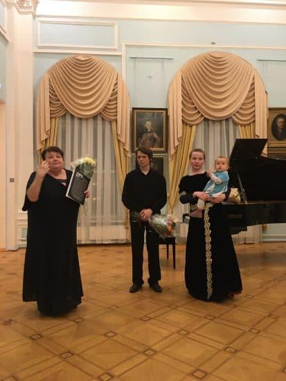 Нина Кайске, Анастасия Бойко-Харламова с дочерью и Мстислав Харламов. Фото: Анна Лесонен
