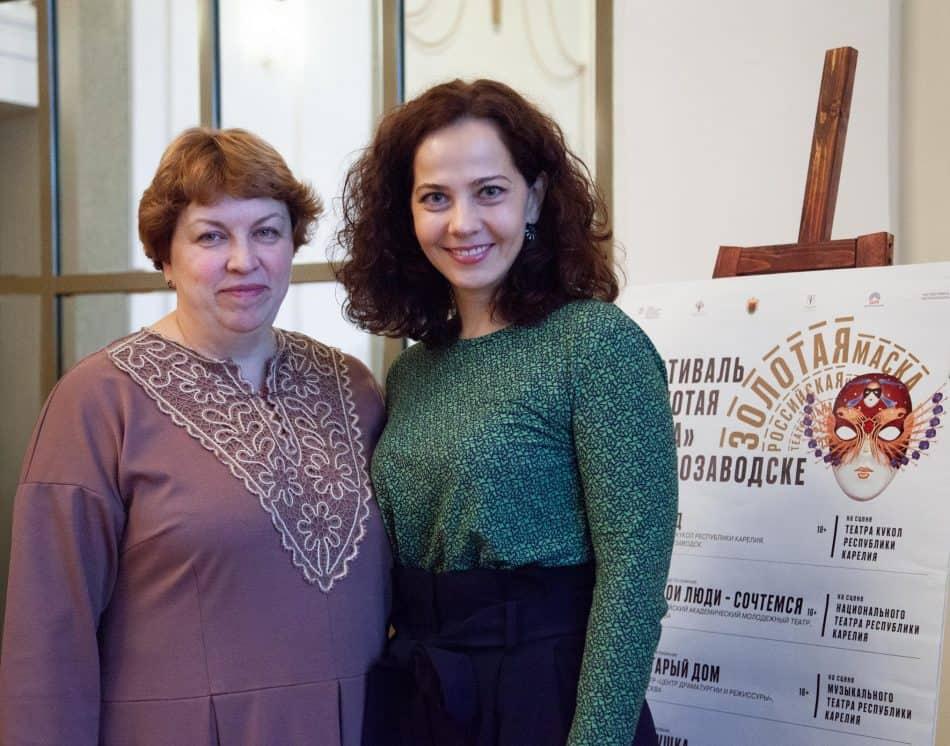 Директор Музыкального театра Карелии Елена Ларионова (слева) и Наталья Яневская