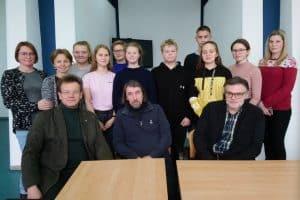 Участники арт-лаборатории со своими наставниками