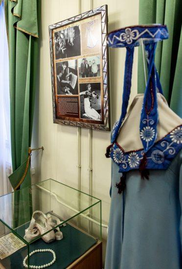 Предметы из коллекции балерины Натальи Гальциной. Фото: Леонид Николаев