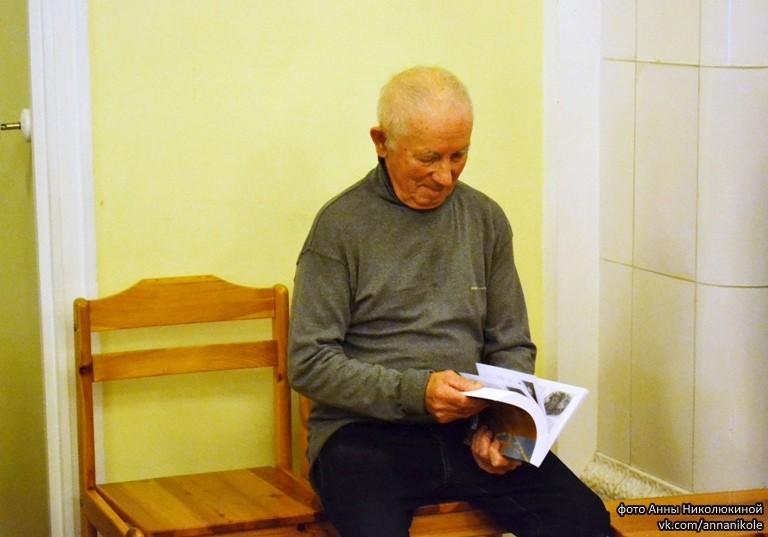 Н.П. Кочалов, один из возрастных авторов, но все еще работает. Он кларнетист симфонического оркестра Карельской филармонии. Его детство прошло в деревне Фоймогуба