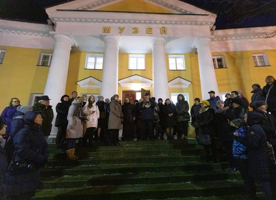 Традиционная ночная лекция директора Национального музея Михаила Гольденберга. Фото: Леонид Николаев