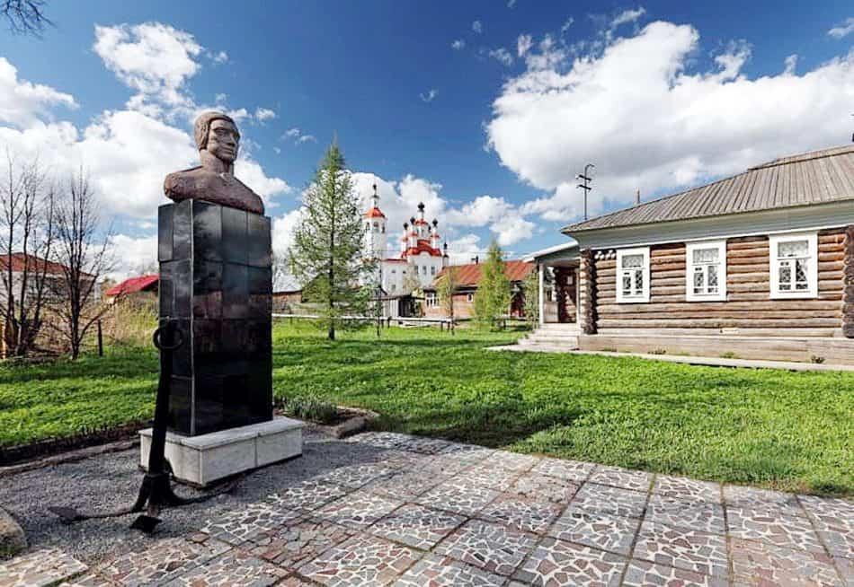 Музей и памятник Ивану Александровичу Кускову, знаменитому русскому мореходу