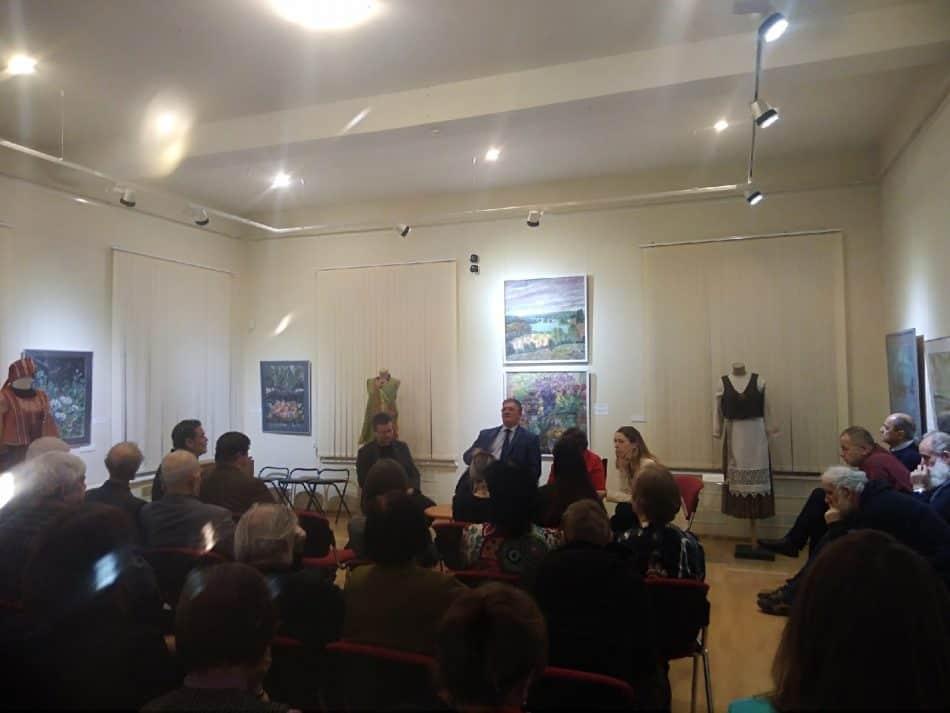 Алексей Бойко на встрече с художниками в Музее изобразительных искусств Карелии. Фото Виктории Никитиной