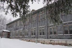 Школа в Деревянке, зима 2019 года. Фото Марии Голубевой